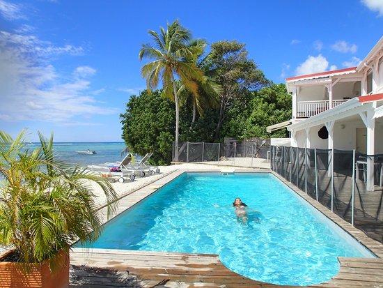 Coco Beach Resort : piscine