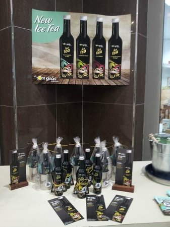 J-Bay Coffee Co.: Toni Glass Range of Iced Teas