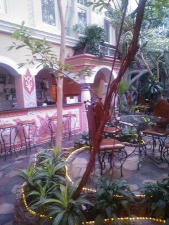 Sretenskaya Hotel: Бар в зимнем саду