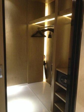 Four Seasons Hotel Shenzhen : Premier Room
