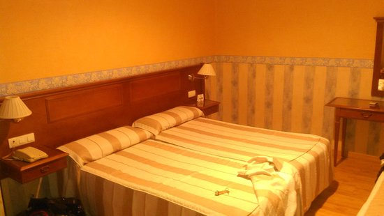 Los Tilos: Room 109