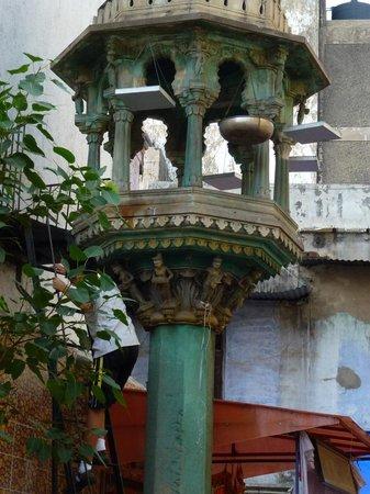 Heritage Walk of Ahmedabad: We call it Chabutro - Bird feeder