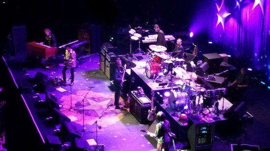 The Moody Theater: Ringo Starr & the Allstar band
