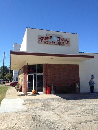 Papa Joe's Oyster Bar & Grill: Front Entrance of the New Location