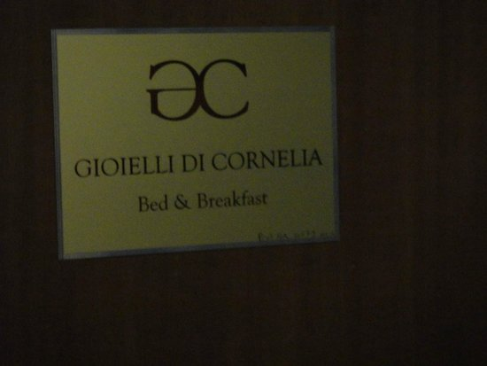 B&B Gioielli di Cornelia: porte entrée