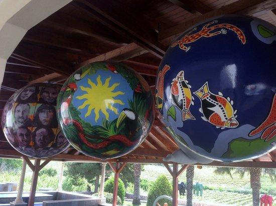 Quinta dos Vales: Esferas.