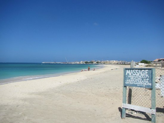 Aparthotel Ca'Nicola: The beach at Sal Rei