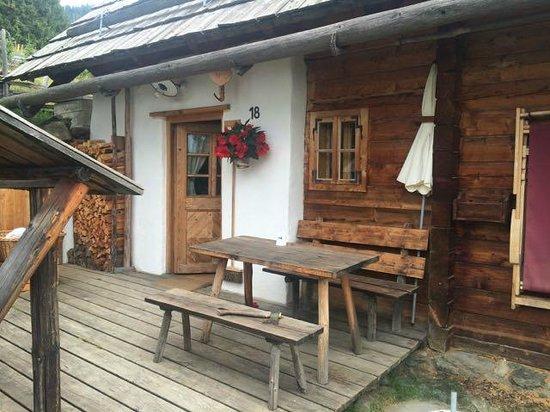 Das Almdorf - World Peace Eco Resort: Die Hütte 18