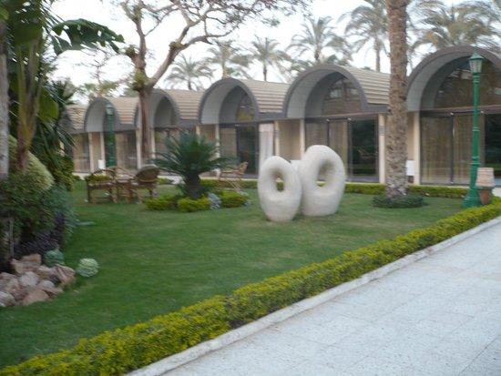 Oasis Hotel: Номера-домики