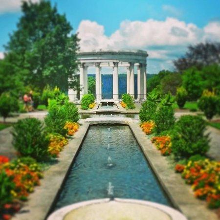 Untermyer Persian Inspired Gardens Picture Of Untermyer Gardens