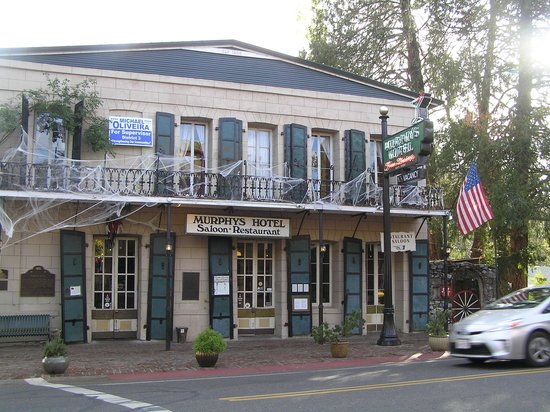 Mountain Retreat Resort, a VRI resort : Murphy's Hotel in Murphy's , a great place for lunch and sightseeing.