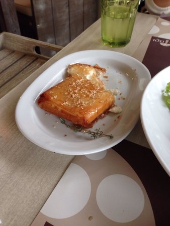 To Manitari: OMG it was very yammy and perfect feta cheese in thin puff pastry with honey and sesame on top,