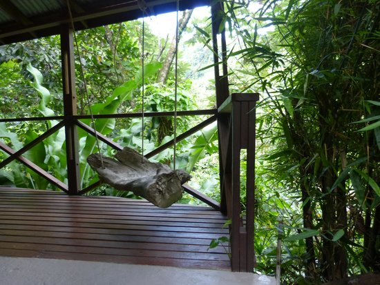 Cocoa Cottages: Honey Moon veranda