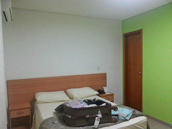 Villa Rosa Hotel: Quarto