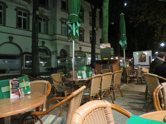 Bier-Comptoir: Terrasse