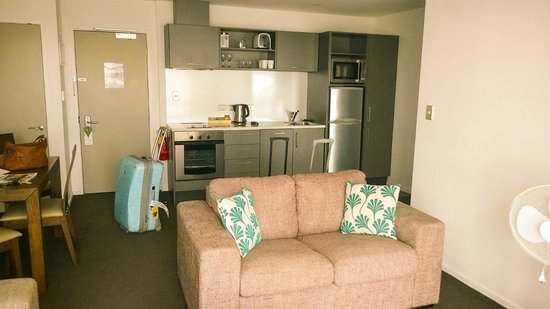 Barclay Suites Auckland: Living Area