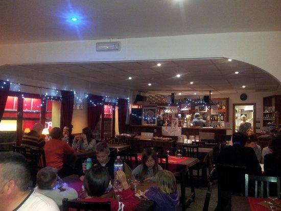 Hotel Mirtil: vu 1 salle à manger