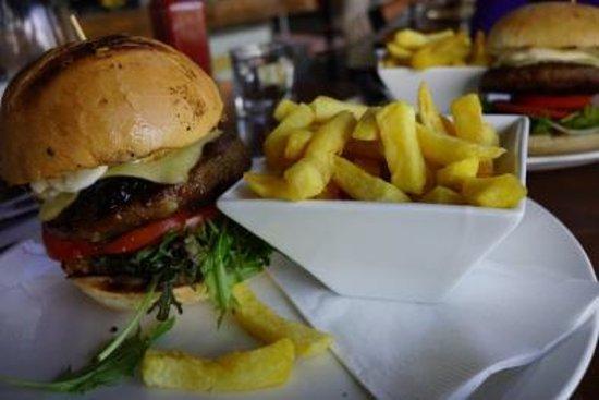 Degree Gastrobar: the mighty burger