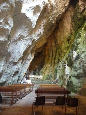 Gorges de Galamus: chapelle de l'ermite