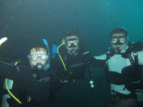 Scuba Cave Adventours