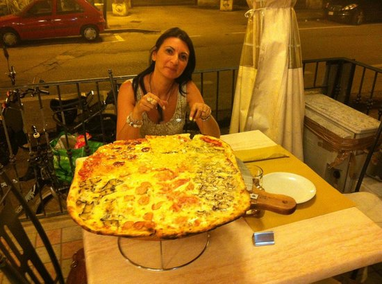 Mai Dire Pizza : la mega pizza!!!!!