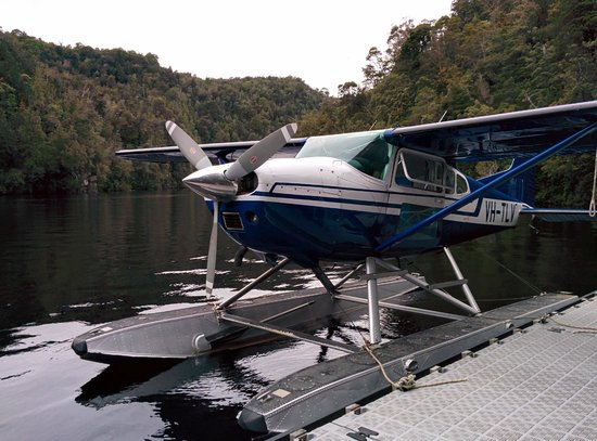 Strahan Seaplanes and Helicopters: Parking our ride on the Gordon River