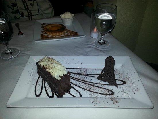 Petit Robert Bistro Kenmore: Gateau Chocolat with Eiffel Tower