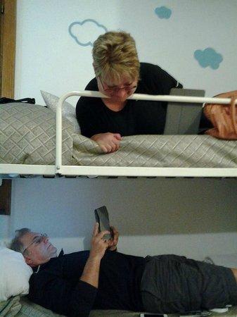 B&B Elena: sleeping in bunk beds!!!