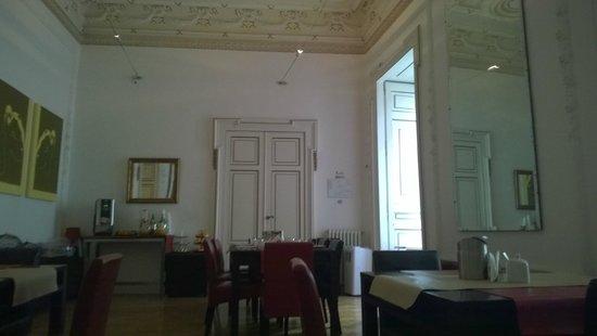 Spaccanapoli Comfort Suites : sala colazione