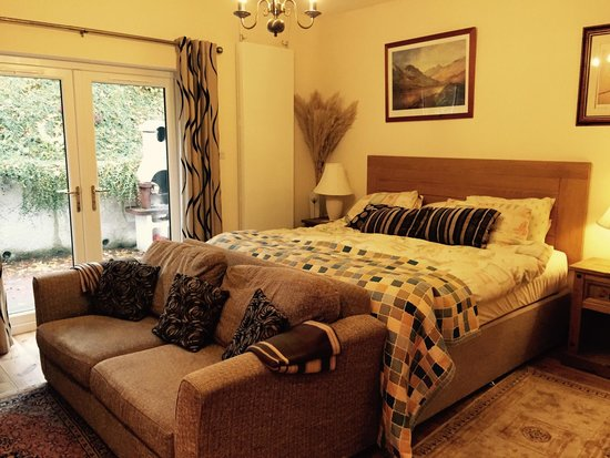 Great Glen Bed and Breakfast: Stables- comfy bed.