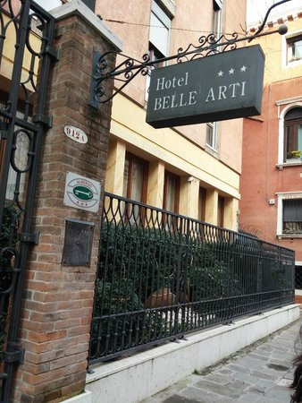 Hotel Belle Arti: Entrada do hotel