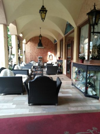 Hotel Belle Arti: Area de Lazer coberta, confortável e aconchegante.