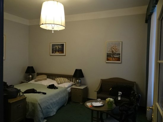 Hotel Salvator: Our double room
