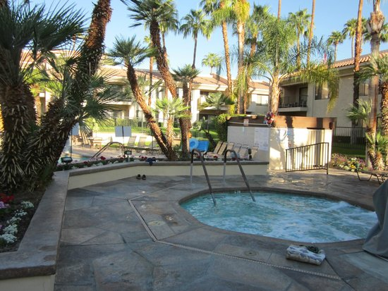 Welk Resorts Palm Springs : Hot tub area