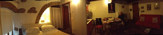 Valentina Bed & Breakfast: Panoramic view of our lovely studio