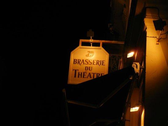 Brasserie du Theatre : Entrance