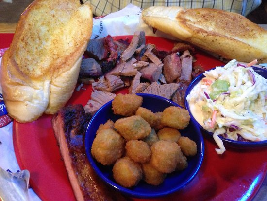 Bandana's Bar-B-Q: Beef lunch plate with 1 rib and 2 sides