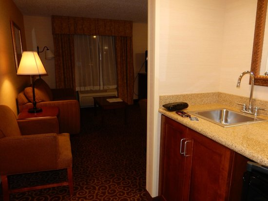 Hampton Inn Springfield South Enfield: King Studio Suite - Entry