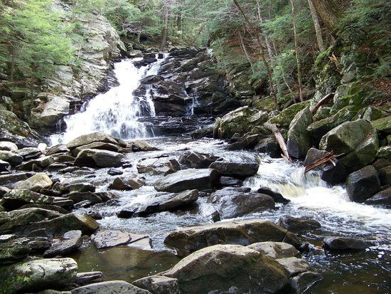 Wahconah Falls State Park