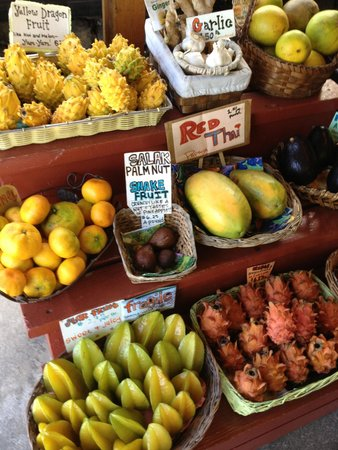 South Kona Fruit Stand: Exotic fruits