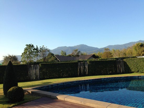 Azaya Villas : Pool and Mountain view from Villa 6