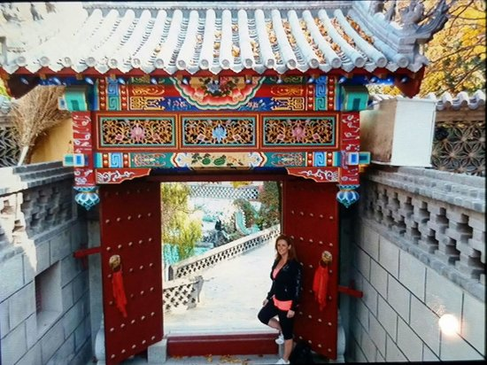 Grand Black Mountain of Dalian: Temples are lovely and uncrowded in late October