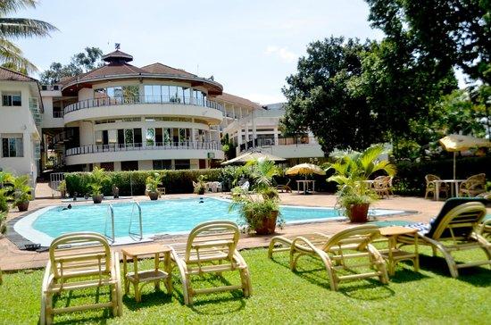 Fairway Hotel Swimming Pool