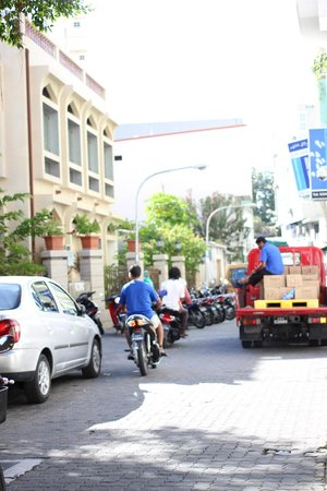 Sala Boutique Hotel: view of the street in front of the hotel