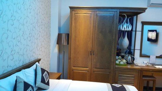 Dragon Palace Hotel : Двухместный Делюкс с 1ой кроватью, большим окном, красивым видом, максимальное количество гостей