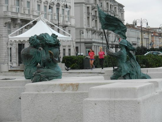 Trieste Running Tours: Molo Audace