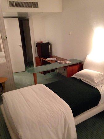 Hôtel-Restaurant d'Occitanie : Room detail