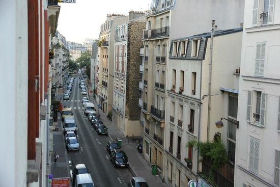 La Maison Montparnasse: Вид с окна