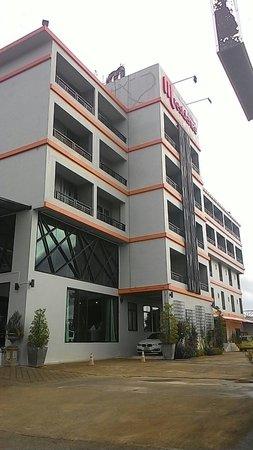 M Residence & Hotel: ตัวอาคาร