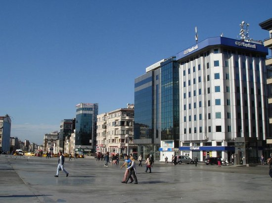 Taksim square picture of taksim house hotel istanbul for Istanbul taksim hotels